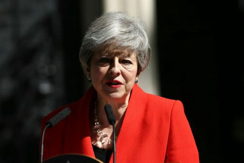 Theresa May says she'll quit as Conservative leader June 7