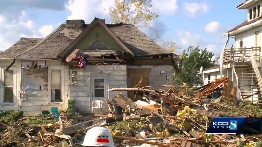 Volunteers provide food, care also in wake of Iowa tornadoes