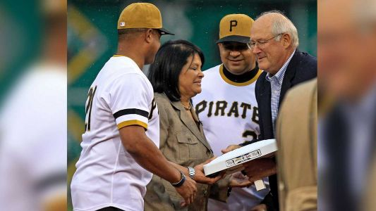 Roberto Clemente's widow, Vera, hospitalized and 'in delicate health,' Pirates say