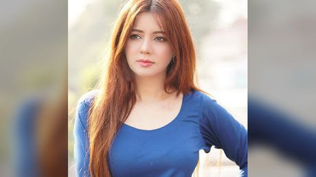 Pakistani pop star Rabi Pirzada, who posed in suicide vest, turns to religion after quitting showbiz over leaked nudes
