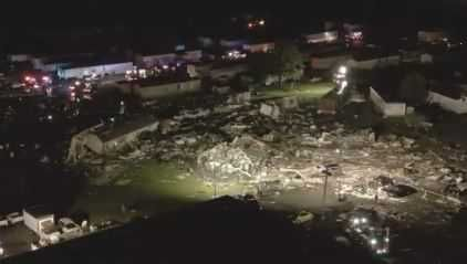 At least 2 dead after tornado hits near Oklahoma City