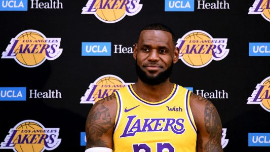 Lakers formally introduce LeBron James at media day