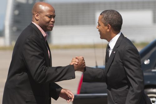 Michelle Obama's brother leaves Knicks front office