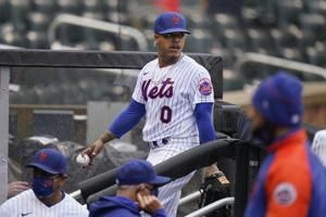 Angry Stroman lasts 9 pitches in Mets-Marlins' rainout