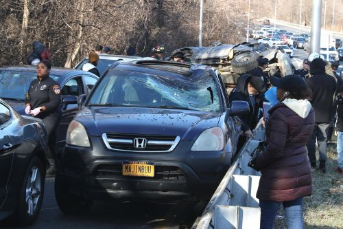 Seven injured in multi-vehicle crash on Bronx River Parkway