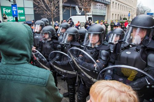 US faces shortage of body armor and gas masks after Capitol riot
