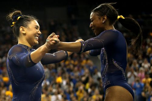 UCLA gymnast Nia Dennis wows crowd with Beyonce routine