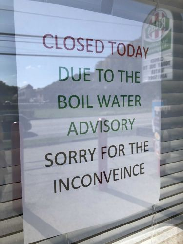 Restaurants struggling during boil water advisory, some close on Monday