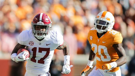Jaylen Waddle injury update: Alabama receiver ruled out after leg injury vs. Vols