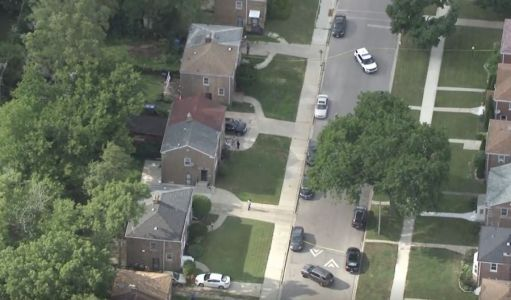 15-year-old critically injured in shooting on South Side