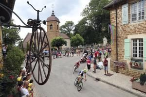 """Taste of the Tour: Salty riders in the town of """"white gold"""""""