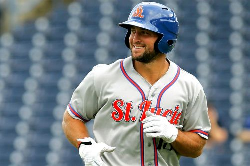 Tim Tebow goes full Tebow in video updating injury