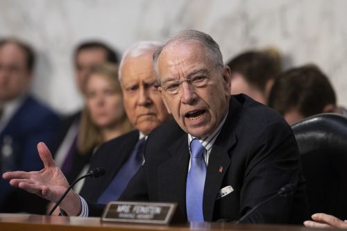 Grassley refuses to delay Kavanaugh hearing, won't back FBI investigation