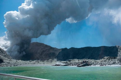 New Zealand authorities open criminal investigation into volcano deaths