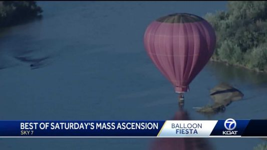 Splash-and-dashes highlight Saturday's mass ascension