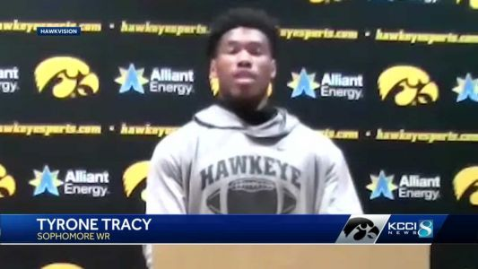 Tracy, other Hawkeyes to kneel for anthem