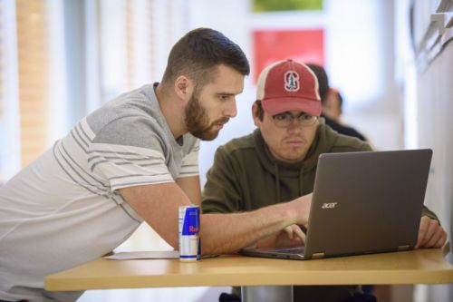 Summer studies at Stanford give military veterans an academic boost
