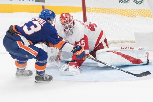 Mathew Barzal's late heroics lift Islanders past Red Wings in SO