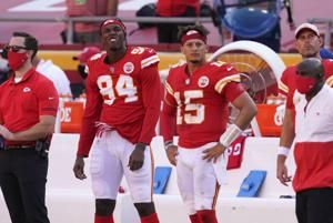 Raiders surprise Chiefs with 40-32 win