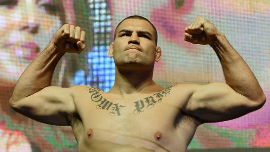 Cain Velasquez joins Mexico's AAA; ex-UFC champ to make pro wrestling debut at Triplemania