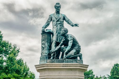 DNA findings link Muhammad Ali to heroic slave