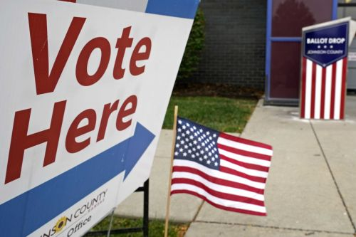 'They make stuff up': Many in US distrust campaign info, poll finds