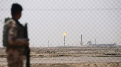 Rocket hits Basra oil headquarter site of Exxon, Royal Dutch Shell