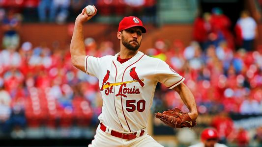 Cardinals veteran pitcher Adam Wainwright agrees to one-year contract extension