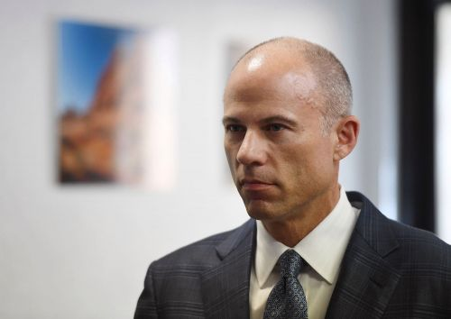 Avenatti couldn't scrounge up lawyers to represent him in $20M extortion scheme case