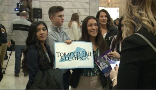 Students call for statewide ban on tobacco products on school property