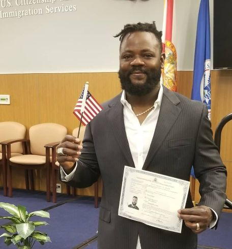 Minnesota Twins allows pitcher to leave game early, become official US citizen