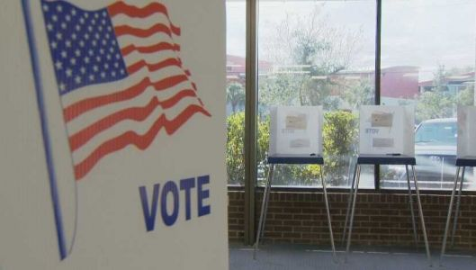 Judge partly sides with felons in Florida voting case