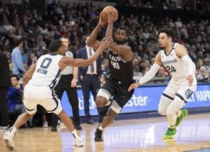 De'Aaron Fox scores 25 points, Kings beat Grizzlies 104-101