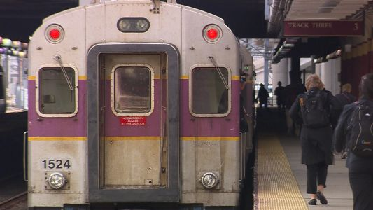 Weekend discount aims to boost ridership on commuter trains