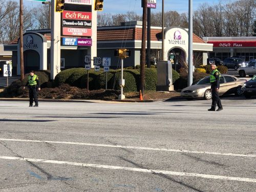 Power outage affecting some stores at Anderson Mall; traffic lights on Main Street