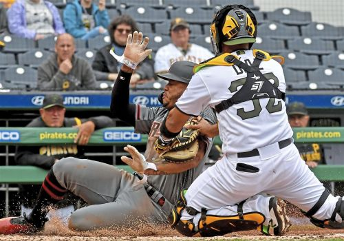 Pirates drop fifth in a row, head west to face potent Dodgers