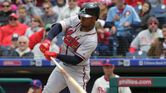 Braves' Ozzie Albies leaves Friday's game with hamstring injury
