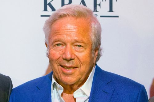 Prosecutors ask judge to pause prostitution case against Robert Kraft