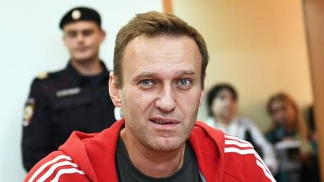 Moscow protest leader Navalny could face large fine or compulsory labor after calling elderly WWII veteran a 'traitor'