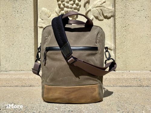 Review: Waterfield's Hitch Crossbody is a slim and spacious everyday carry