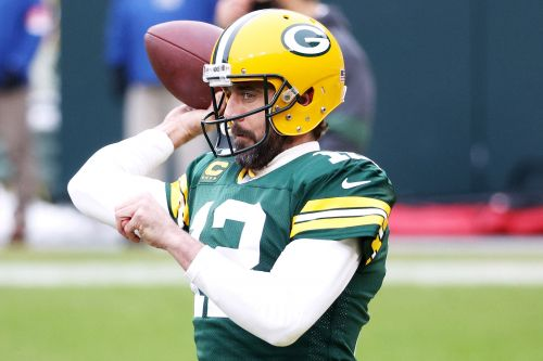 Aaron Rodgers' future stays in limbo with Packers' silence