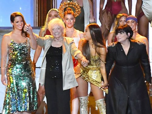Ariana Grande brought her mom, grandma, and cousin on stage for her 'God Is a Woman' performance at the VMAs