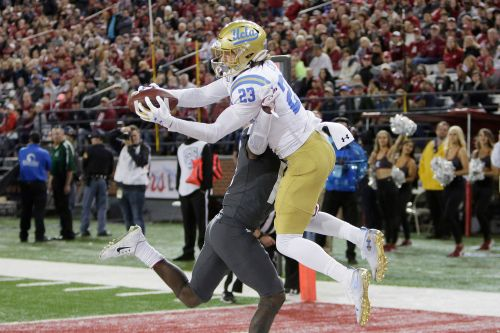 UCLA upsets Washington State in wild offensive bonanza