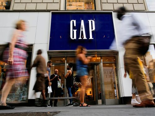 27 things to buy - and 14 things to leave behind - at Banana Republic, Old Navy, and Gap