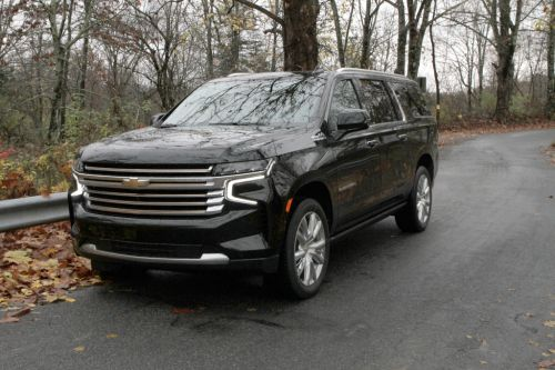 Chevrolet Suburban delivers top notch looks, space