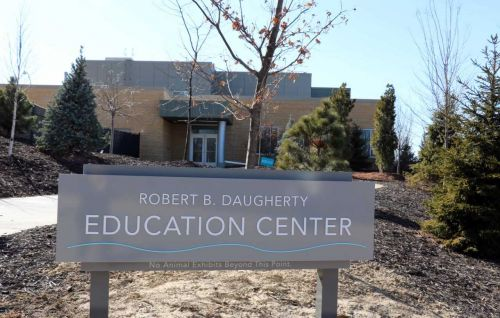 Omaha Zoo's new education center named after Robert B. Daugherty