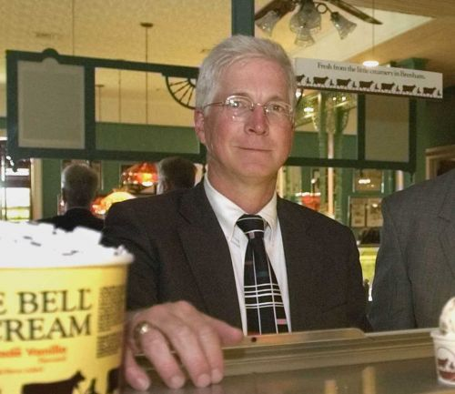 Ex-Blue Bell Creameries CEO charged in deadly listeria case