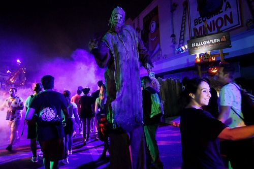 Halloween Horror Nights officially cancelled at Universal Studios