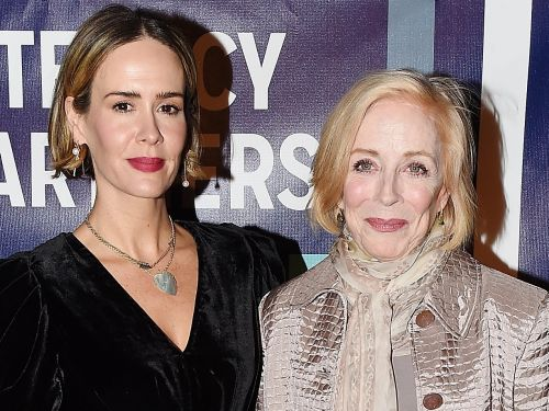 Actress Sarah Paulson defends her relationship with Holland Taylor - who's 32 years older than her