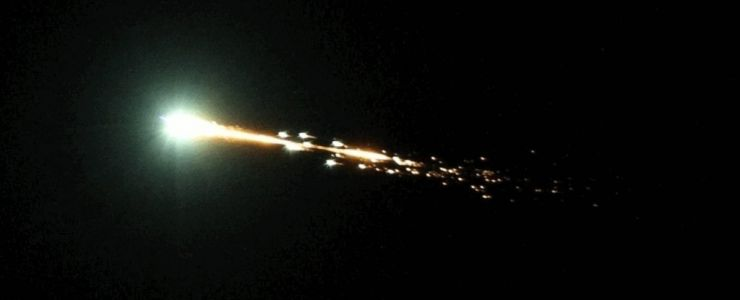 Scientists Spot Rare Minimoon Fireball Over Australia